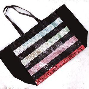 NWT 🤩Victoria's Secret sequin stripe print bag🤩